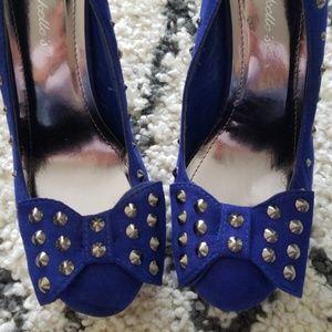 Stunning Breckelle's Stilettos w/ Studs